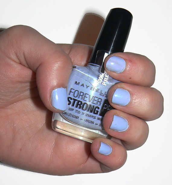 Maybelline Forever Strong Pro Ceramic Blue