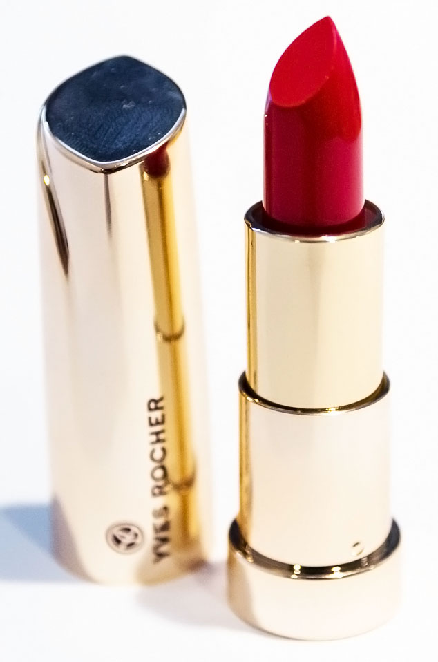 yves rocher red lipstick