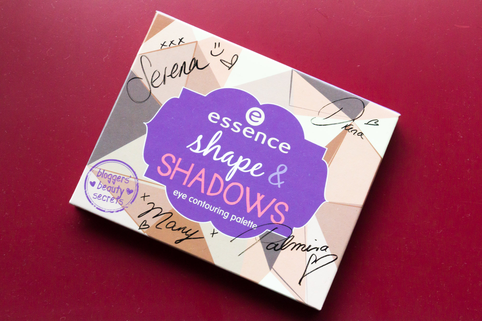Strikeapose essence cosmetics shape & shadows palette