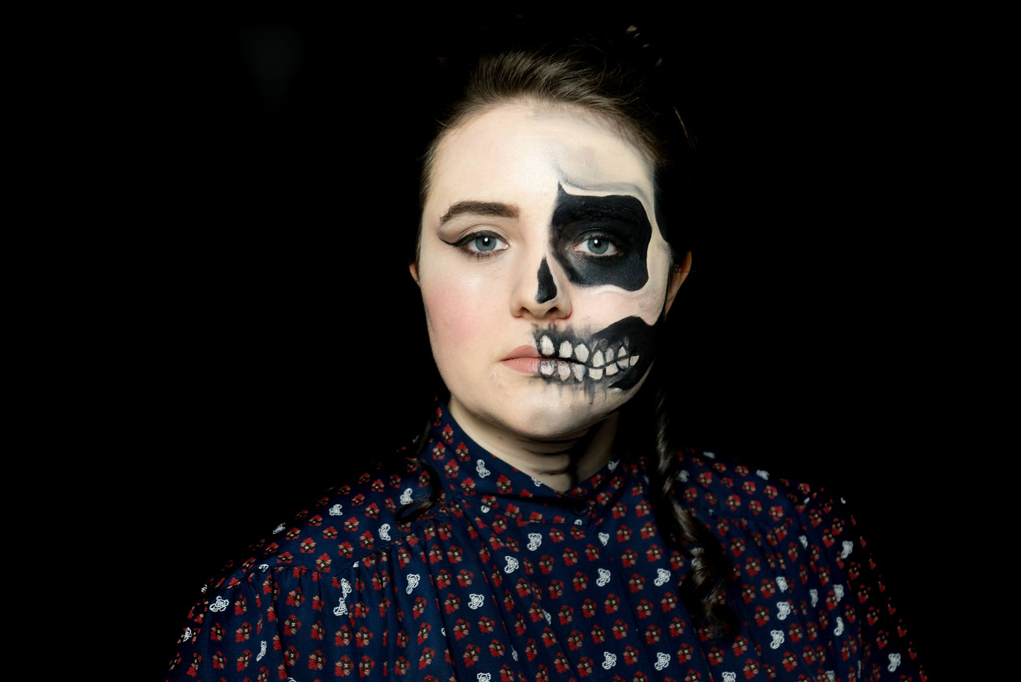 halloween face paint - victorian halloween faded skull - strikeapose