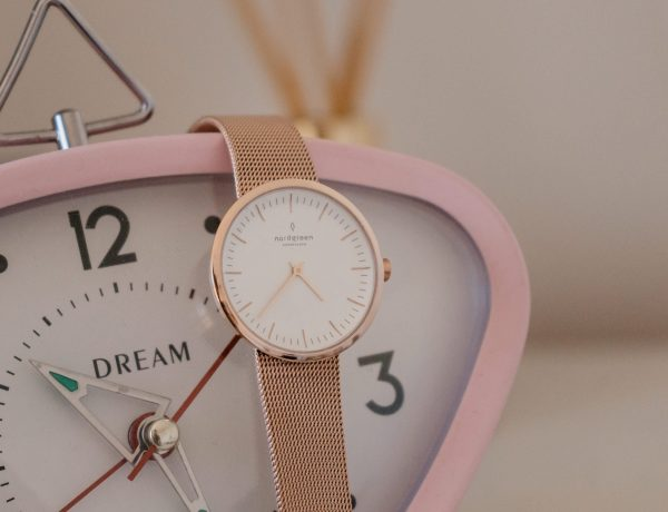 rose gold watch face nordgreen