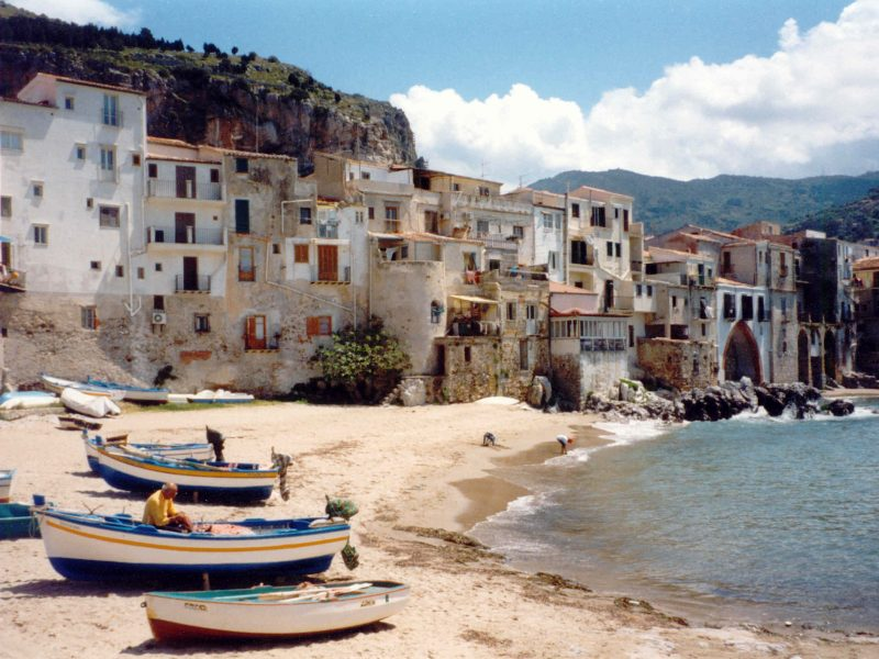 beach Sicily Cefalù boats holiday Coast