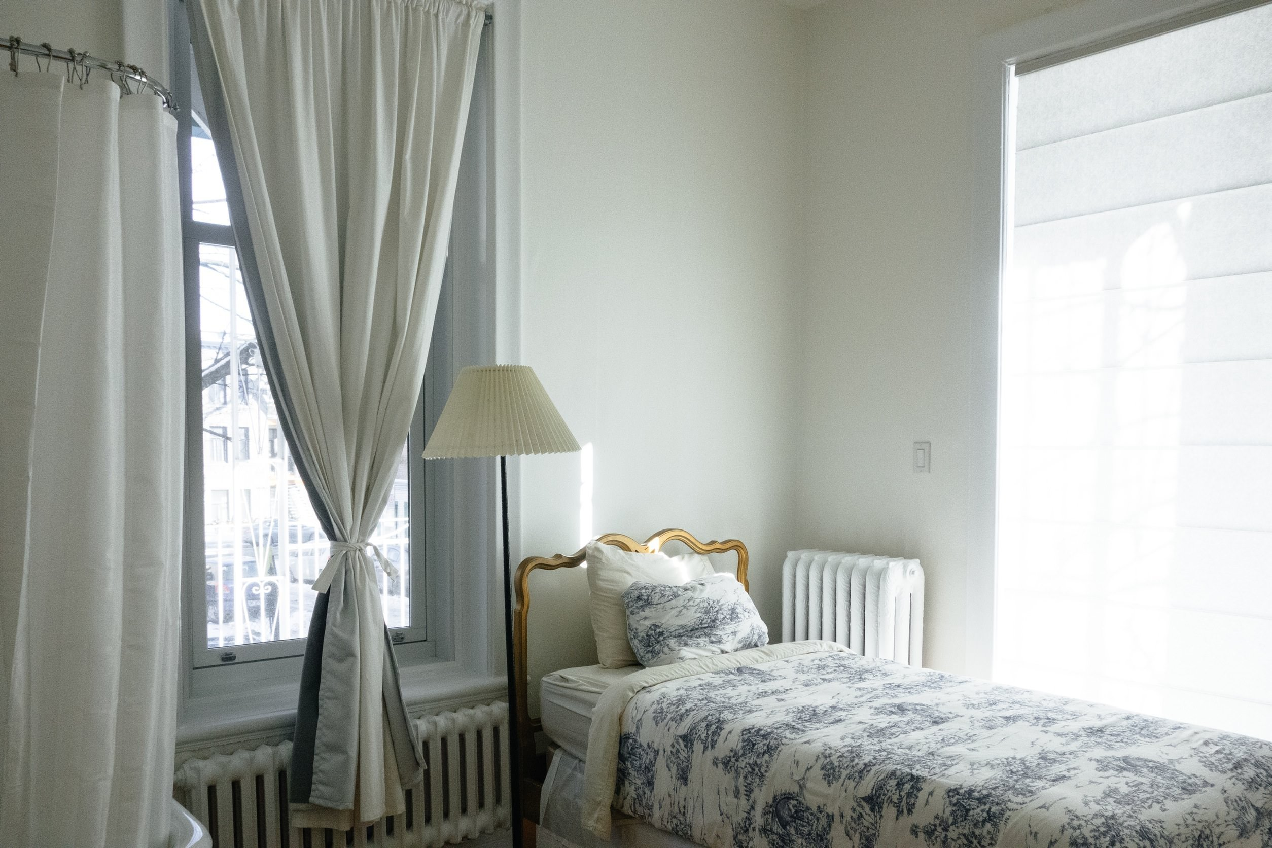 5 Top Tricks to Make Your Bedroom Look More Expensive