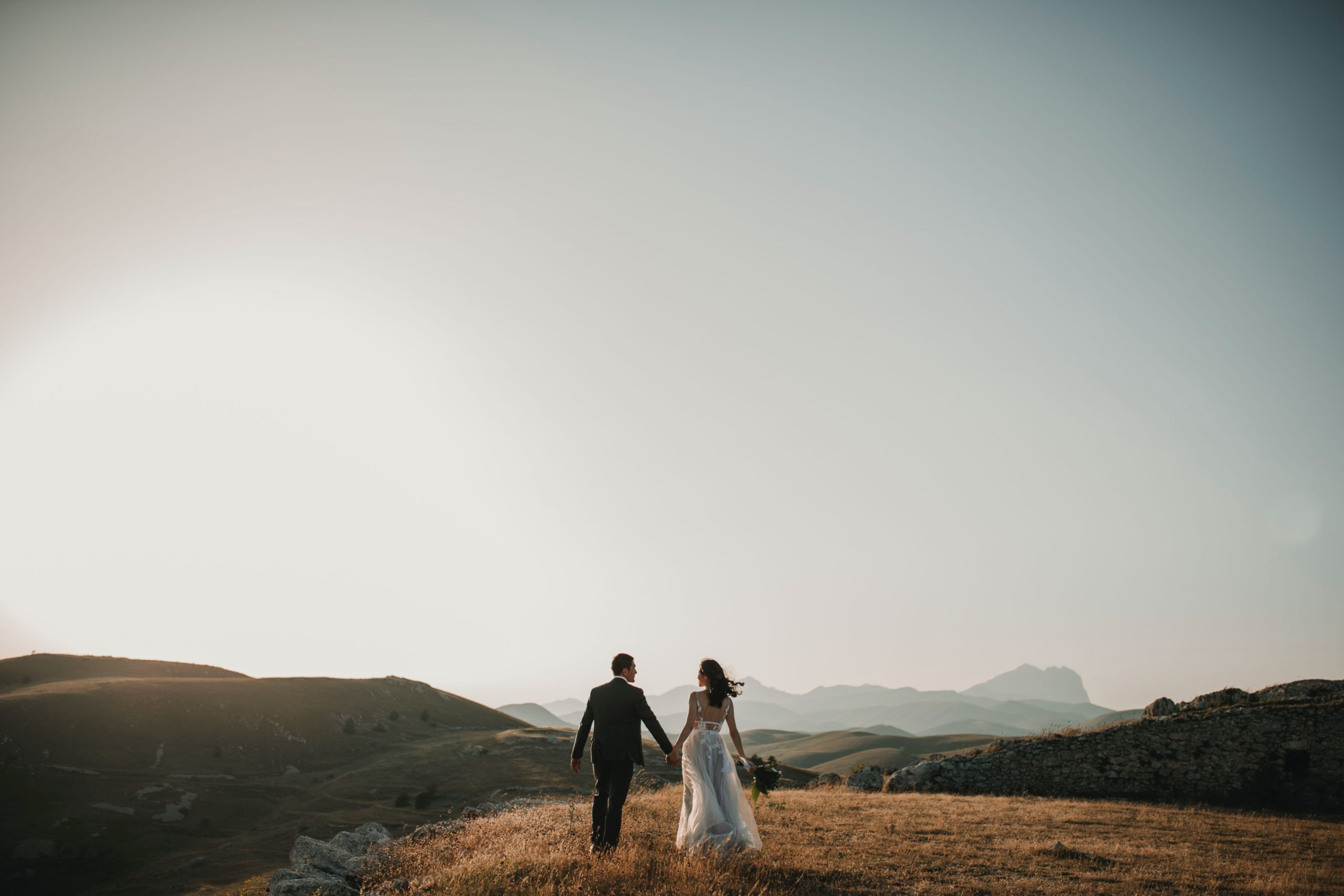 Eloping: What It Is and How to Do It 1