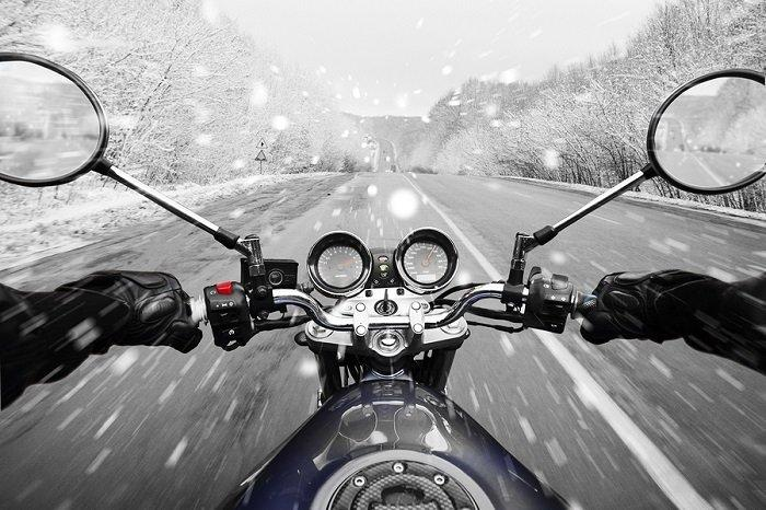 5 TIPS FOR WINTER MOTORCYCLE RIDING 1